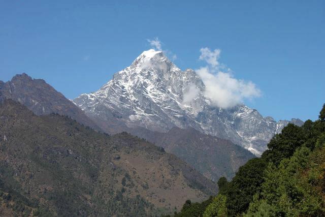 Vyer av fantastiska berg redan från första dagen!