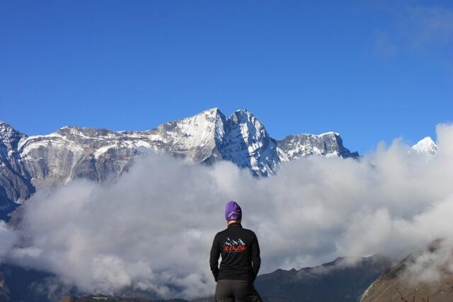 Hi On Life Adventures en tidig morgon i Tengboche