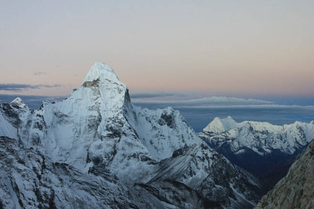 Ama Dablam - vyer fran precis under Crampoon Point
