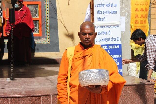 Munk vid Bodanath Stupa