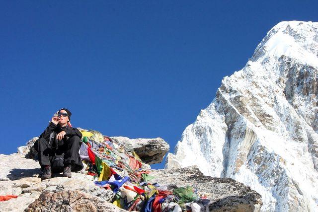Ett bloss på 5 545 möh!!! Niclas håller på att omvandlas till Sherpa...