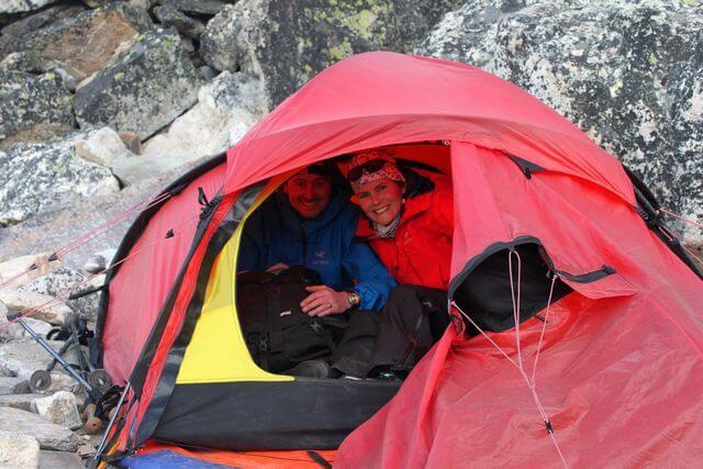 Cathrine & Thomas har gjort sig hemmastadda i High Camp