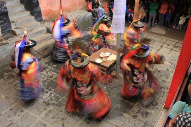 Den heliga maskerad-dansen. Dumji, Nepal