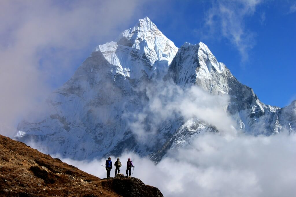 everest basecamp trekking